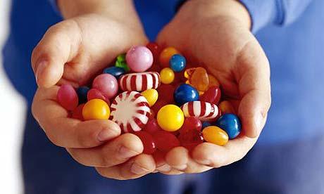 Чем опасны сладости