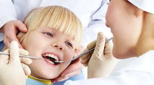 Регулярное употребление йогуртов защитит детские зубы от кариеса