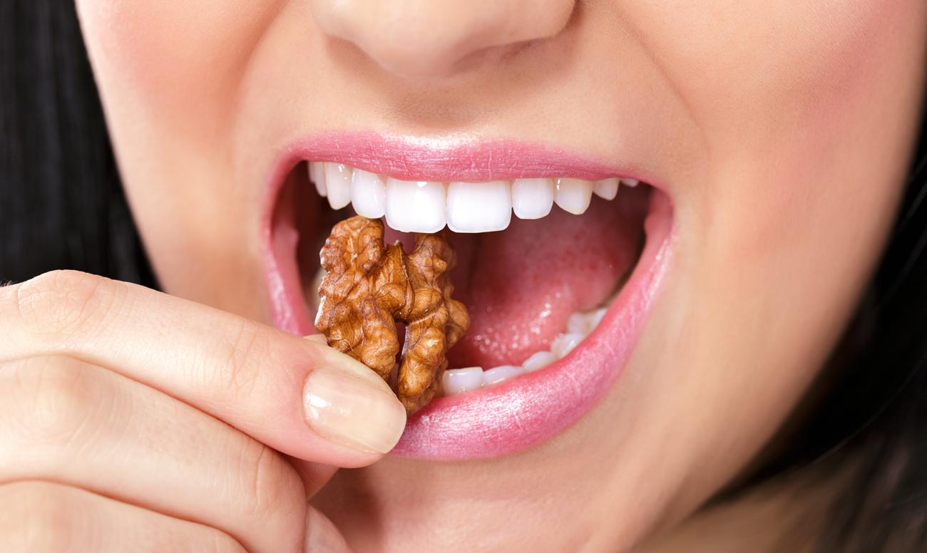 Опасные для зубов орехи