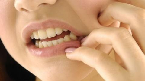 Причину появления пульпита обозначили стоматологи