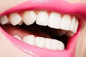 Какие продукты красят зубы: угроза красоте