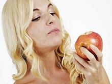 Стоматологи не советуют есть слишком много фруктов