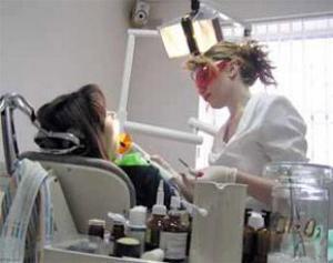 Стоматологи предложили избавлять от зубов мудрости еще в детстве