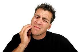 Когда болят зубы: рецепты народной медицины