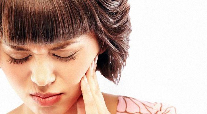 Как утолить зубную боль без вмешательства врача