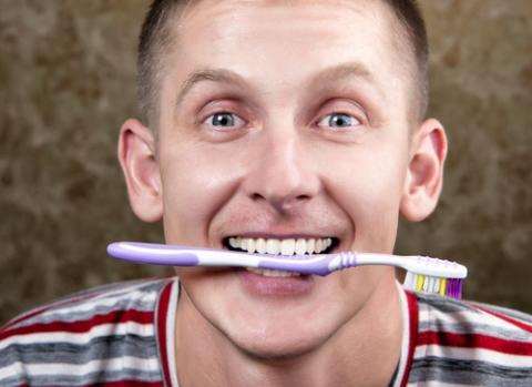 8 способов чистки зубов