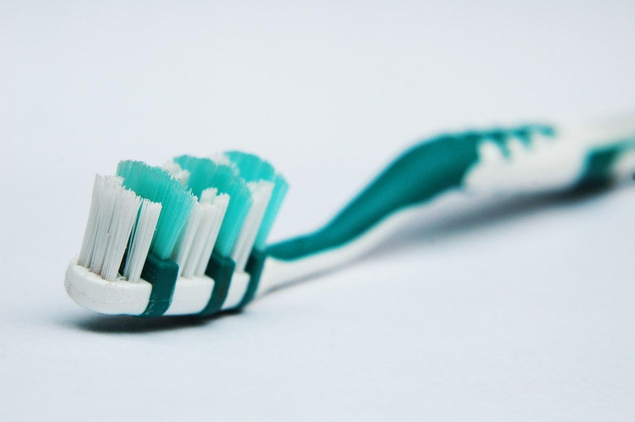 Зубная щётка: выше всяческих похвал
