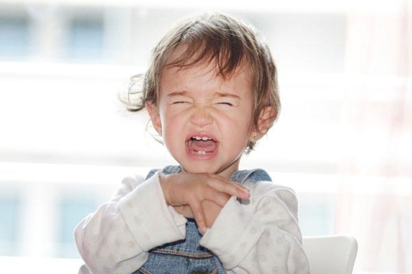 Как долго режутся коренные зубы у ребенка
