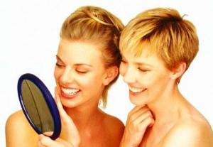 Вода с содержанием фторида предупреждает выпадение зубов у взрослых