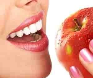 Лучшие продукты для белоснежной улыбки