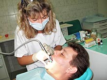 При нарушении сна следует обращаться к стоматологу, советуют эксперты