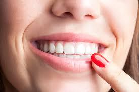 Уход и контроль: гарантия эффективности и долговечности зубных имплантатов