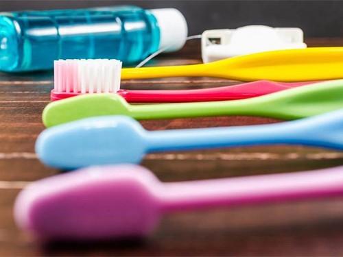 У тех, кто следит за своими зубами, реже развивается рак головы и шеи