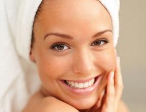 Клиническое отбеливание и профессиональная чистка зубов