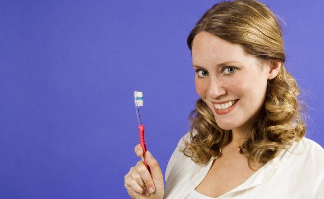 Пародонтоз: почему выпадают зубы