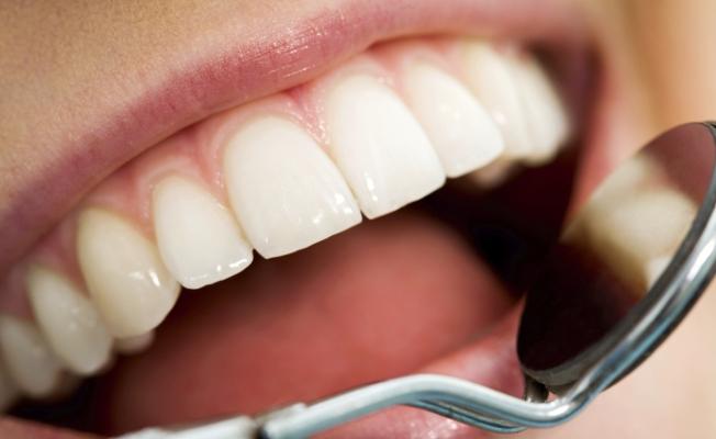 Трещины на зубах: методы лечения