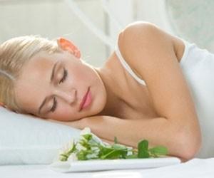 Правила здорового сна при гингивите