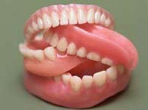 Проблемы, связанные с зубными протезами
