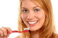 5 полезных советов врачей для сохранения здоровья зубов