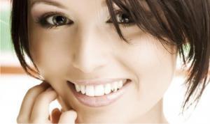 Почему желтеют зубы: лазерное отбеливание зубов
