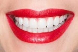 Фрукты и отбеливание зубов