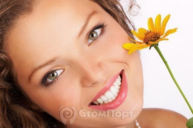 Зубные пасты с экстрактами трав уменьшают воспаление дёсен