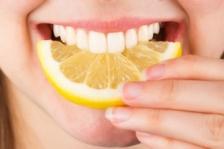 Цитрусовые пищевые эфирные масла вредны для зубов?