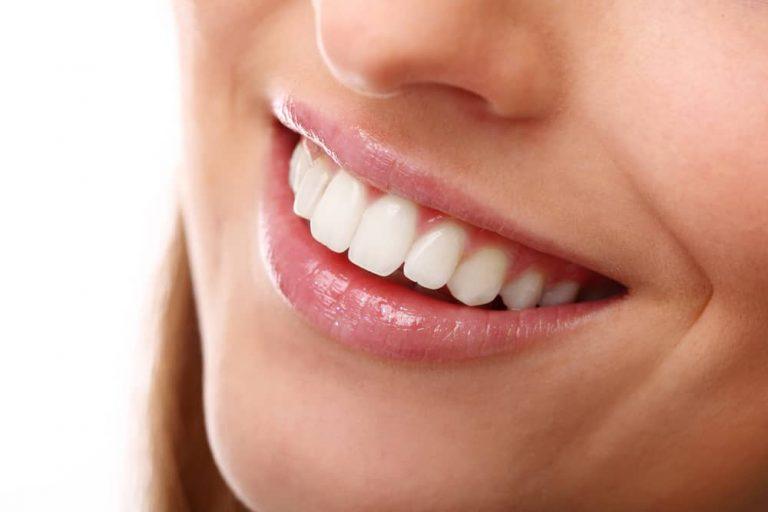 Эти продукты больше всего влияют на внешний вид зубов