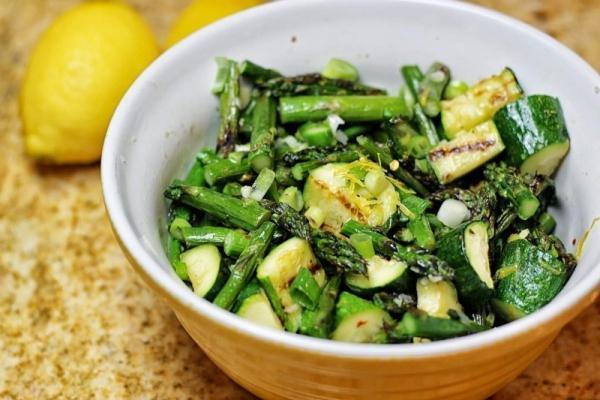 Некоторые полезные овощи вредны для зубной эмали