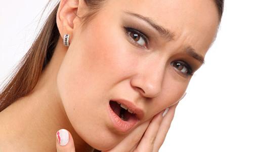 Названы эффективные домашние средства от зубной боли