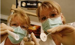 Британцы занимаются самолечением, чтобы избежать расходов на стоматолога