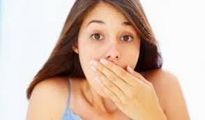 Запах изо рта: всегда ли зубы виноваты?