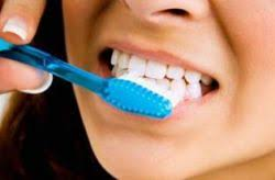Революционное открытие русских ученых: зубная паста с применением нанотехнологий