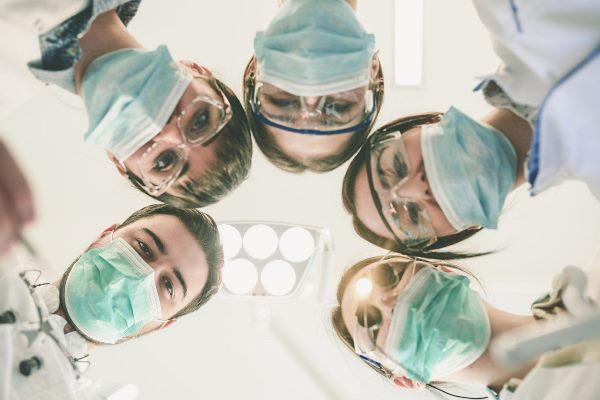 Трансформация стоматологического рынка труда 2020