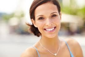 Лазерное отбеливание зубов: современные технологии помогут красоте