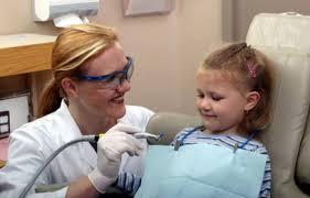 Дети до года не проходят профилактическое стоматологическое обследование