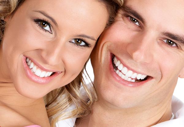 Красивые передние зубы  —  лечение или виниры?