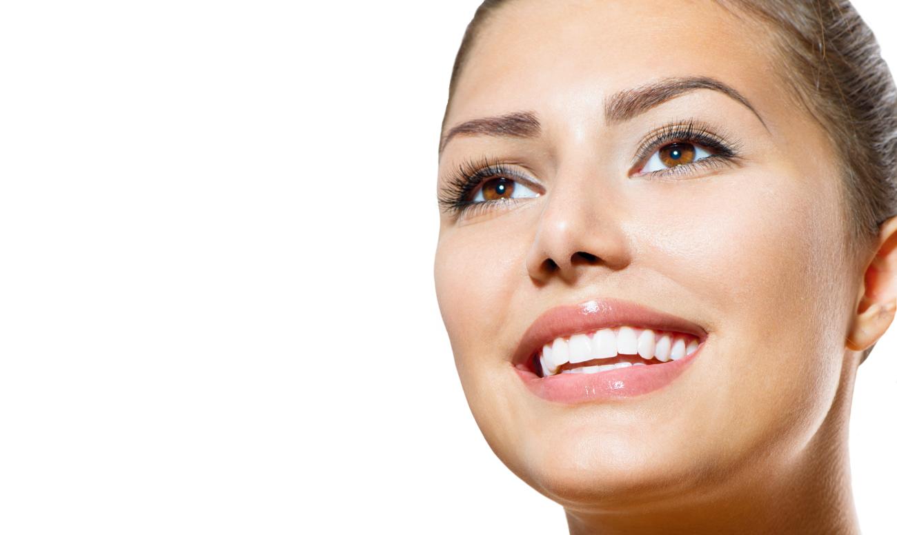 Красивая улыбка недорого: как предупредить заболевания полости рта