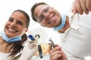 Как сохранить зубы здоровыми: советы стоматологов