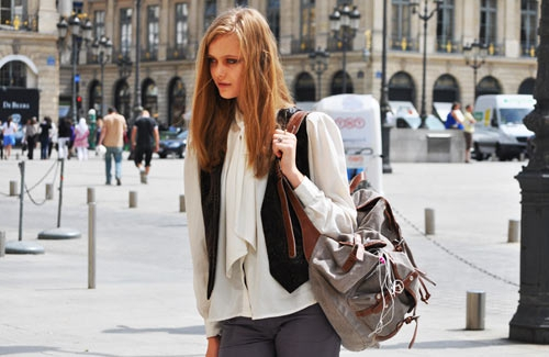 Кожаный стильный рюкзак — универсальный аксессуар для дамы