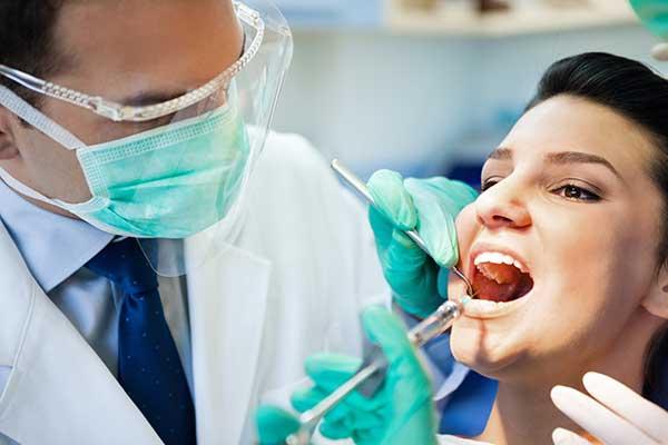 Новейшие методы имплантации зубов