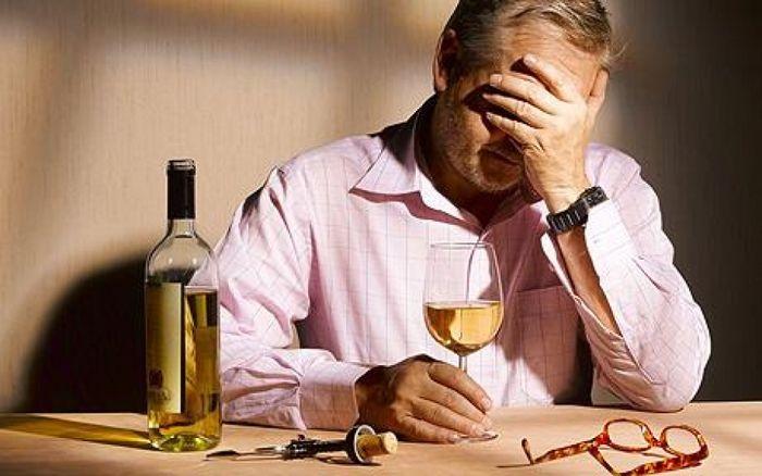 Как помочь мужу избавиться от алкоголизма?