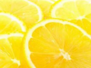 Апельсиновый сок разрушает зубы