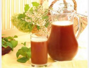 Пейте чай вместо газировки для здоровья зубов
