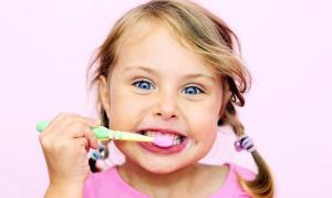 Как выбрать зубную пасту и щетку