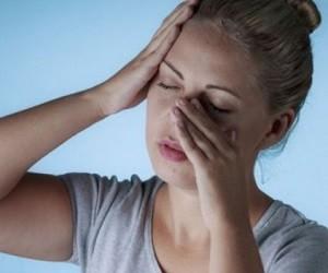5 причин неприятного запаха изо рта, при которых поможет отоларинголог