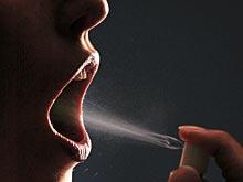 Медики рассказали, о чем может говорить неприятный запах изо рта