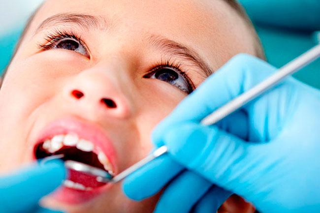 Особенности анестезии и лечения зубов у детей