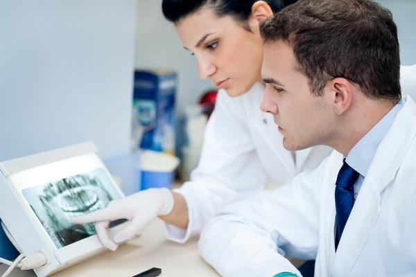Мраморная болезнь зубов: когда в мраморе не увековечить