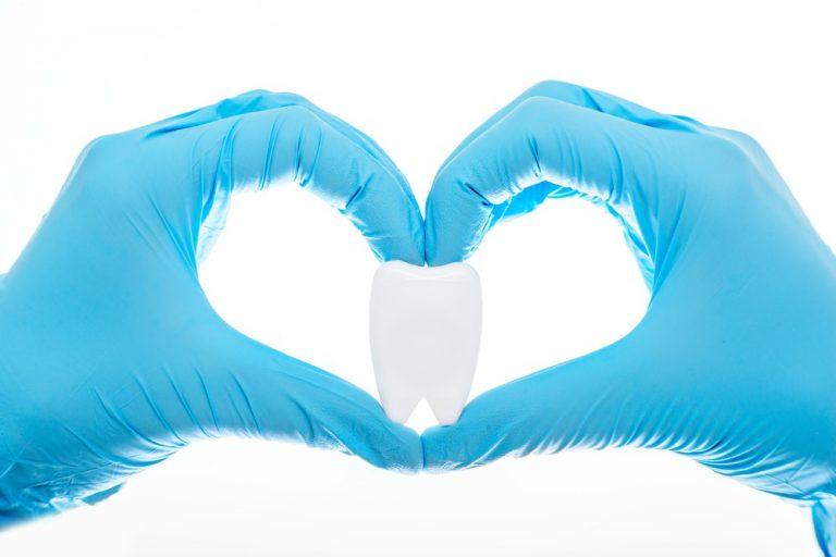 Современная стоматология — безболезненное лечение зубов